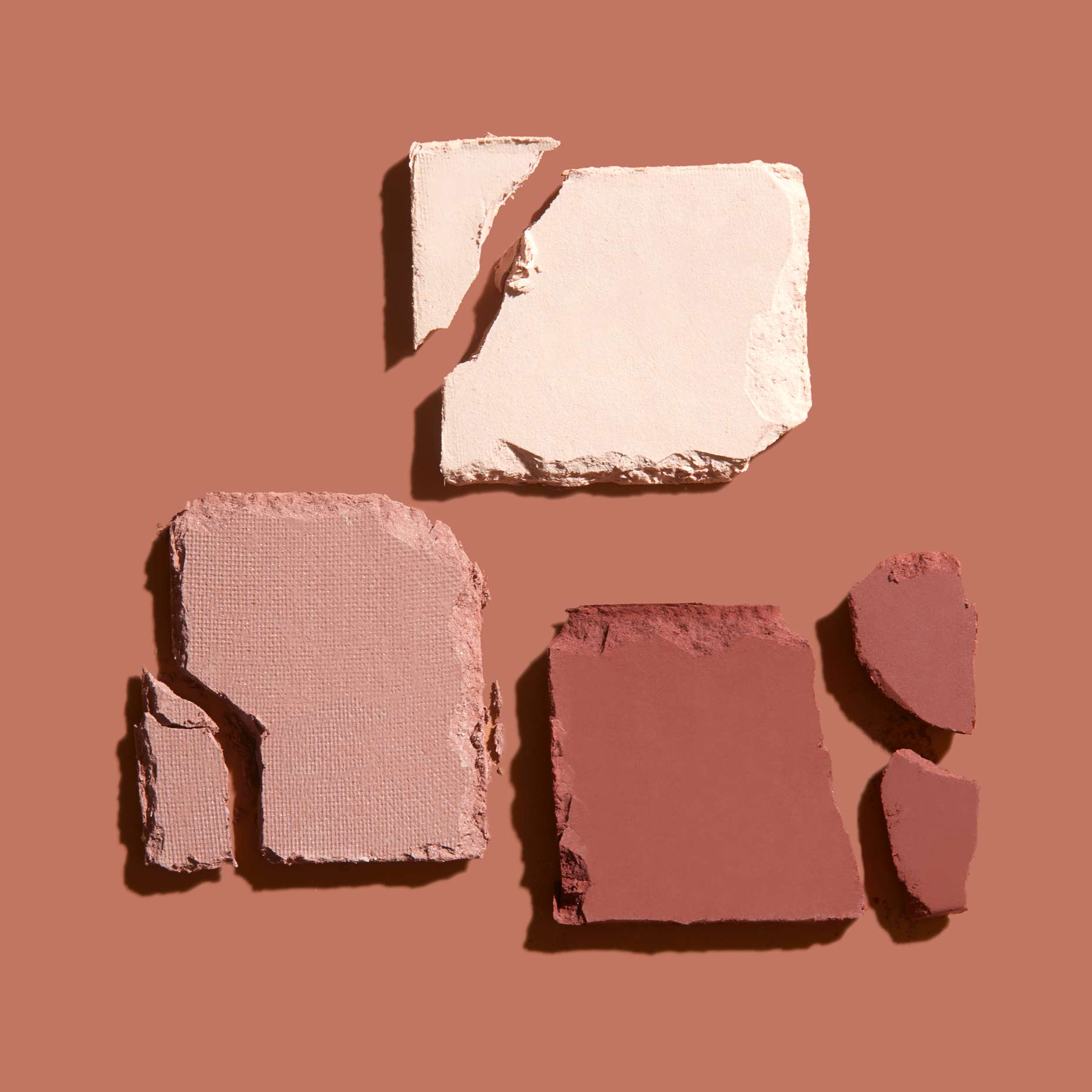 Shot_26_MICA_EYESHADOW_022