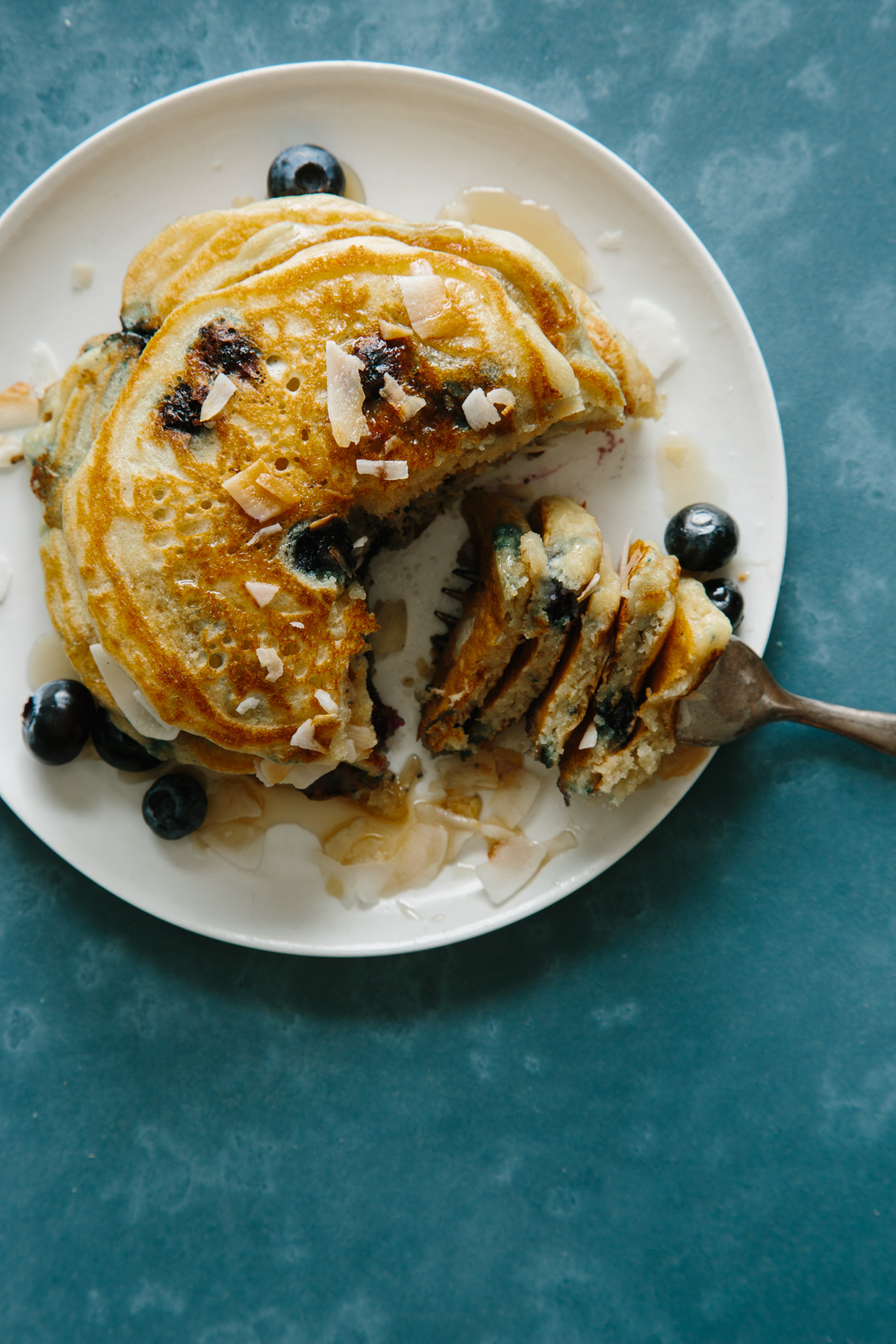bown_sugar_coconut_blueberry_pancakes